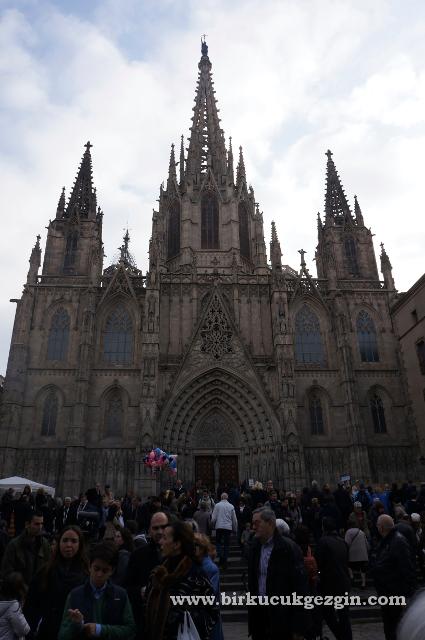 Barselona Katedrali